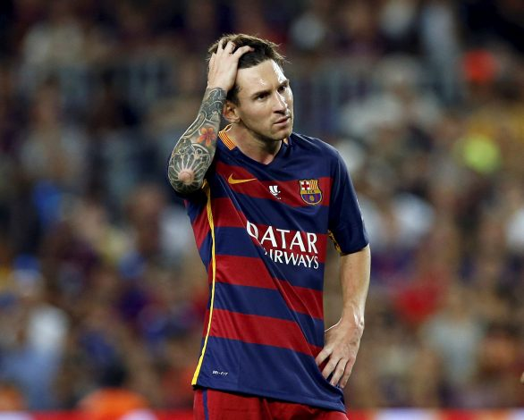 Barcelona's Lionel Messi gestures during a Spanish Super Cup second leg soccer match against Athletic Bilbao at Camp Nou stadium in Barcelona, Spain August 17, 2015. REUTERS/Albert Gea/File Photo - RTX2EYIF