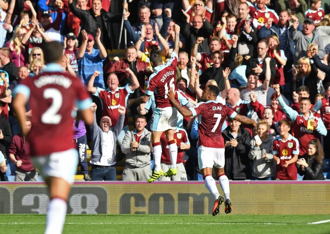 "Britain Soccer Football - Burnley v Hull City - Premier League - Turf Moor - 10/9/16 Burnley's Steven Defour celebrates scoring their first goal Reuters / Anthony Devlin Livepic EDITORIAL USE ONLY. No use with unauthorized audio, video, data, fixture lists, club/league logos or ""live"" services. Online in-match use limited to 45 images, no video emulation. No use in betting, games or single club/league/player publications. Please contact your account representative for further details. - RTSN4LA"