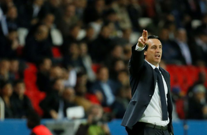 Football Soccer - Paris Saint-Germain v Dijon - French Ligue 1 - Parc des Princes, Paris, France - 20/9/16 Paris Saint-Germain's coach Unai Emery during the match. REUTERS/Gonzalo Fuentes - RTSONYX