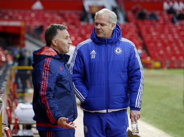 Football Soccer - Manchester United v Chelsea - Barclays Under 21 Premier League - Old Trafford - 15/16 - 4/4/16 Chelsea Under 21 manager Adrian Viveash speaks with Manchester United Under 21 manager Warren Joyce before the game Mandatory Credit: Action Images / Carl Recine EDITORIAL USE ONLY. - RTSDOXI