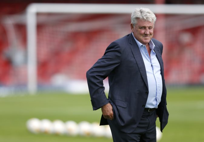 Britain Soccer Football - Grimsby Town v Hull City - Pre Season Friendly - Blundell Park - 15/7/16 Hull City manager Steve Bruce Action Images via Reuters / Ed Sykes Livepic EDITORIAL USE ONLY. - RTSI619