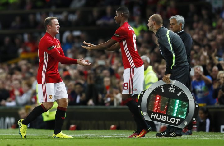 Football Soccer Britain - Manchester United v Everton - Wayne Rooney Testimonial - Old Trafford - 3/8/16 Manchester United's Wayne Rooney is substituted for Marcus Rashford Action Images via Reuters / Jason Cairnduff Livepic EDITORIAL USE ONLY. - RTSKXMQ