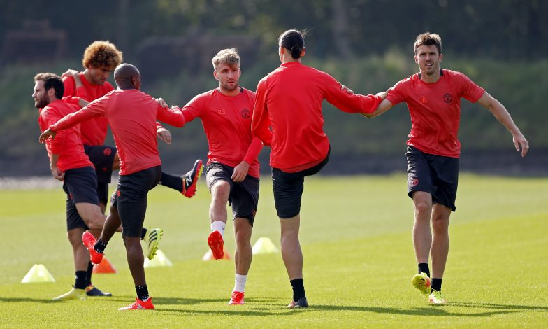Britain Soccer Football - Manchester United Training - Manchester United Training Ground - 14/9/16 Manchester United's Ashley Young, Luke Shaw, Zlatan Ibrahimovic and Michael Carrick during training Action Images via Reuters / Ed Sykes Livepic EDITORIAL USE ONLY. - RTSNO7K