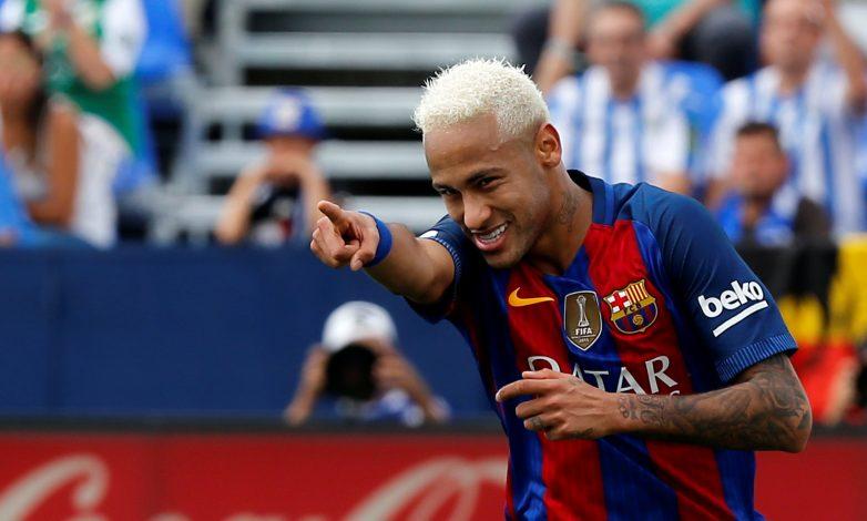 Football Soccer - Spanish Liga Santander - Leganes v Barcelona - Butarque stadium, Leganes, Spain 17/09/16 Barcelona's Neymar celebrates a goal. REUTERS/Sergio Perez - RTSO57V