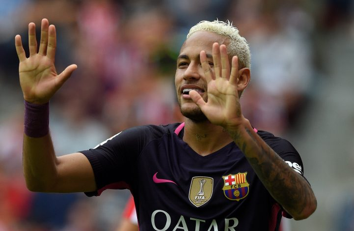 Football Soccer - Sporting Gijon v Barcelona - Spanish La Liga Santander - El Molinon stadium, Gijon, Spain- 24/09/16. Barcelona's Neymar celebrates his goal. REUTERS/Eloy Alonso - RTSP9M5