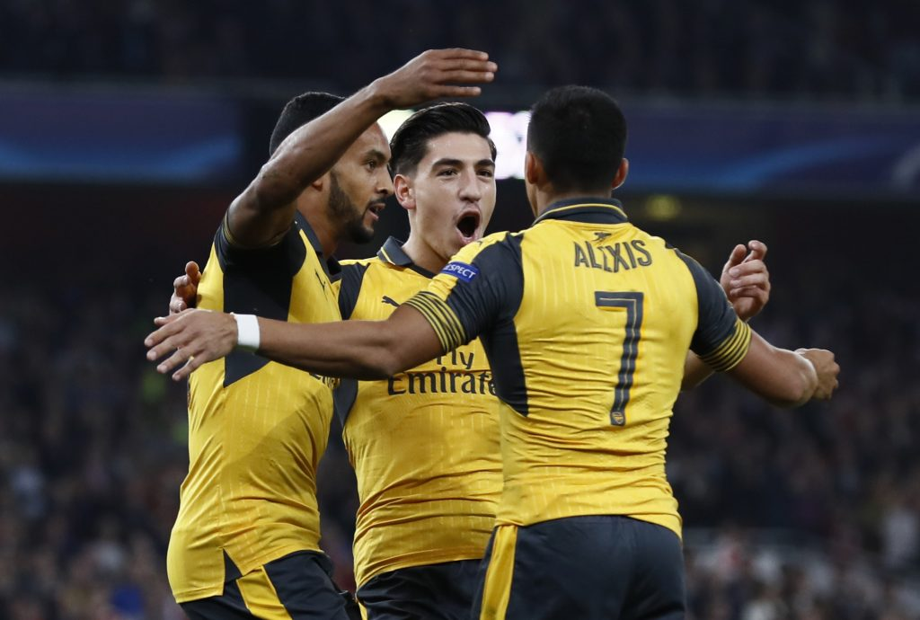 Britain Soccer Football - Arsenal v FC Basel - UEFA Champions League Group Stage - Group A - Emirates Stadium, London, England - 28/9/16 Arsenal's Theo Walcott celebrates scoring their first goal with Alexis Sanchez and Hector Bellerin  Reuters / Stefan Wermuth Livepic EDITORIAL USE ONLY. - RTSPWQO