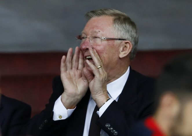 Britain Soccer Football - Manchester United v FC Zorya Luhansk - UEFA Europa League Group Stage - Group A - Old Trafford, Manchester, England - 16/17 , 29/9/16 Sir Alex Ferguson in the stands Action Images via Reuters / Jason Cairnduff EDITORIAL USE ONLY. - RTSQ97D