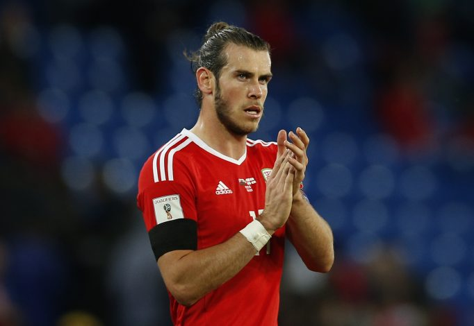 Football Soccer Britain - Wales v Georgia - 2018 World Cup Qualifying European Zone - Group D - Cardiff City Stadium, Cardiff, Wales - 9/10/16 Wales' Gareth Bale looks dejected after the match Action Images via Reuters / Andrew Couldridge Livepic EDITORIAL USE ONLY. - RTSRHGN