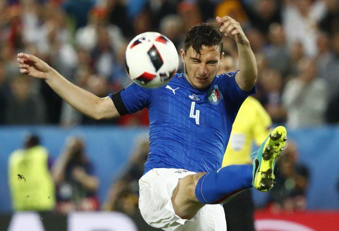 Football Soccer - Germany v Italy - EURO 2016 - Quarter Final - Stade de Bordeaux, Bordeaux, France - 2/7/16 Italy's Matteo Darmian in action REUTERS/Christian Hartmann Livepic - RTX2JFOM