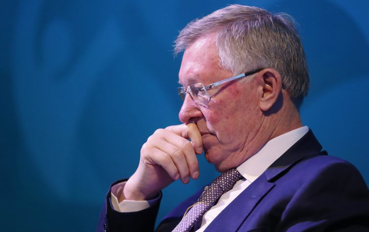 Football Soccer Britain - UEFA Euro 2020 Glasgow Logo Launch - Glasgow Science Centre, Scotland - 25/10/16 Sir Alex Ferguson during the UEFA Euro 2020 Glasgow Logo Launch Reuters / Russell Cheyne Livepic EDITORIAL USE ONLY. - RTX2QCC6