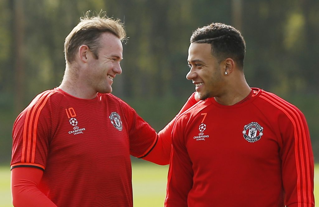 Football - Manchester United Training - Manchester United Training Ground - Manchester, England - 29/9/15 Manchester United's Wayne Rooney and Memphis Depay during training Action Images via Reuters / Lee Smith Livepic EDITORIAL USE ONLY. - RTS28KF