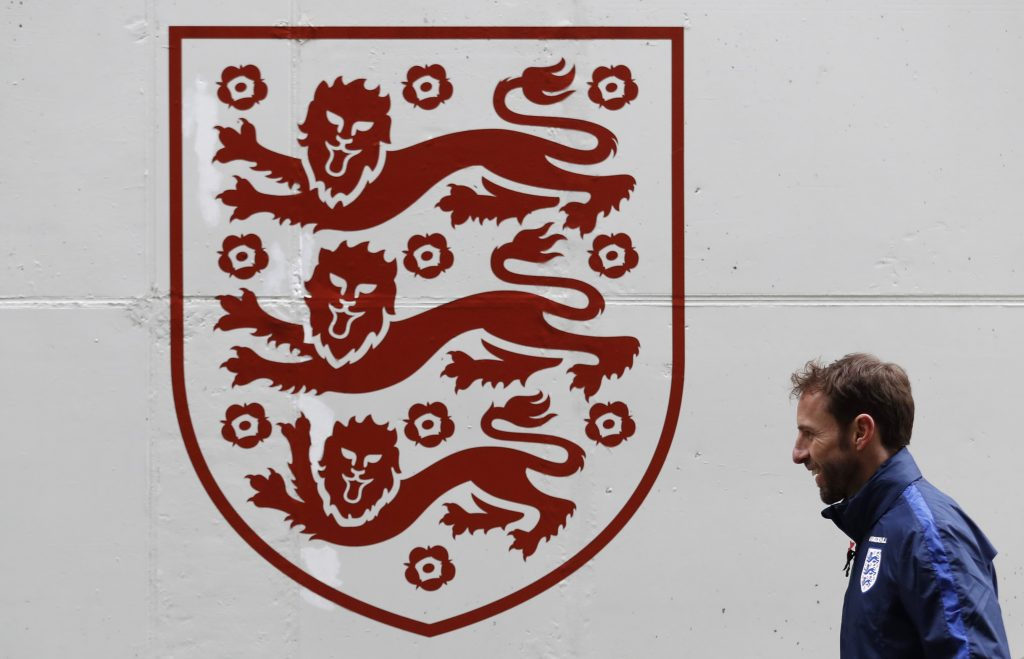 Britain Football Soccer - England Training - St. George's Park, Burton upon Trent - 8/11/16 England's interim manager Gareth Southgate during training Action Images via Reuters / Carl Recine EDITORIAL USE ONLY. FILE PHOTO - RTSU0WH