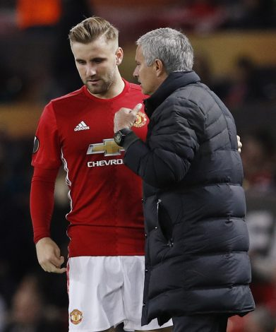 Britain Football Soccer - Manchester United v Fenerbahce SK - UEFA Europa League Group Stage - Group A - Old Trafford, Manchester, England - 20/10/16 Manchester United's Luke Shaw with Manchester United manager Jose Mourinho Action Images via Reuters / Jason Cairnduff Livepic EDITORIAL USE ONLY. - RTX2PRUY