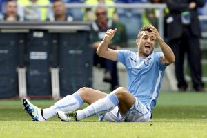 Felipe Anderson reacts as he sits on the field.