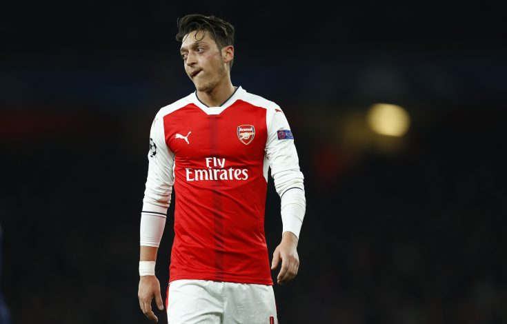 Britain Football Soccer - Arsenal v Paris Saint-Germain - UEFA Champions League Group Stage - Group A - Emirates Stadium, London, England - 23/11/16 Arsenal's Mesut Ozil Reuters / Eddie Keogh Livepic EDITORIAL USE ONLY. - RTST0TH