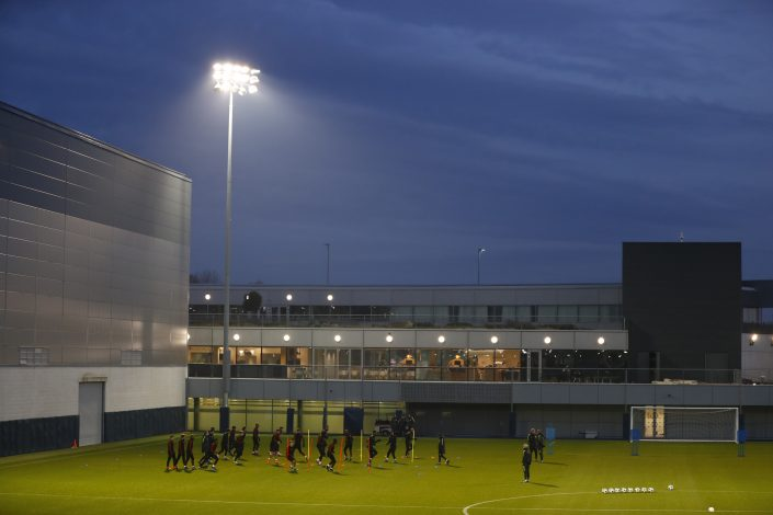 Britain Football Soccer - Manchester City Training - City Football Academy - 5/12/16 General view during training Action Images via Reuters / Jason Cairnduff Livepic EDITORIAL USE ONLY. - RTSURFS