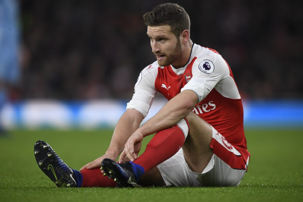 Shkodran Mustafi sustains an injury