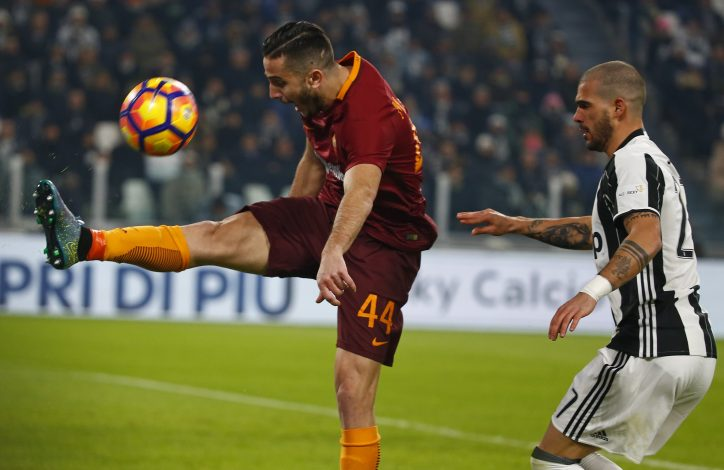 Juventus' Stefano Sturaro in action against AS Roma's Kostas Manolas .