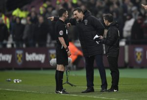 West Ham United manager Slaven Bilic remonstrates with referee Michael Oliver.