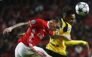 Aubameyang in action with Benfica's Victor Lindelof.