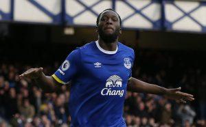 Everton's Romelu Lukaku celebrates scoring their second goal.