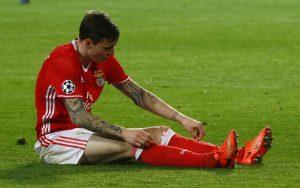 Benfica's Victor Lindelof looks dejected.