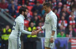 Real Madrid's Cristiano Ronaldo is substituted by Isco.