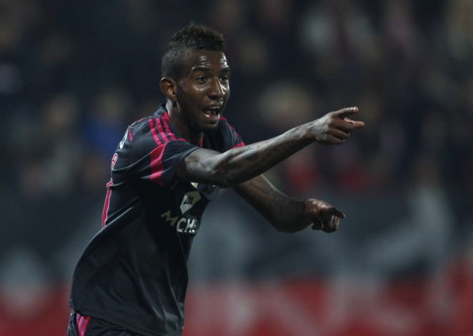 Benfica's Anderson Talisca celebrates his goal.