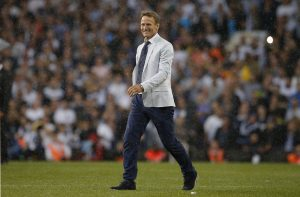 Former Tottenham player Teddy Sheringham during the ceremony after the game.