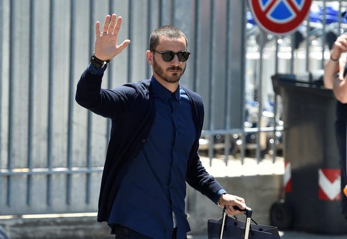 Bonucci set to complete shock Milan move