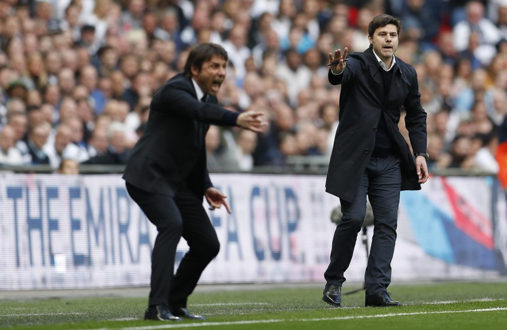 Chelsea manager Antonio Conte (L) and Tottenham manager Mauricio Pochettino (R).