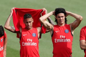 Neymar and Edinson Cavani during training.