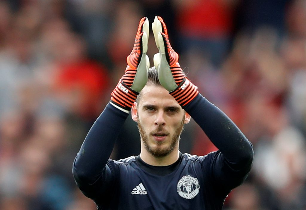 David De Gea applauds the fans at the end of the match.