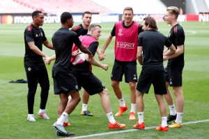 Phil Jones, Nemanja Matic and team mates during training.