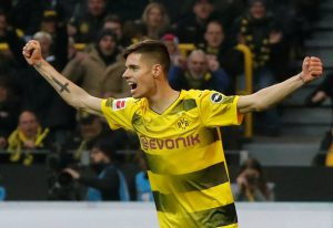 Borussia Dortmund's Julian Weigl celebrates.