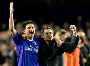 Chelsea's manager Jose Mourinho (R) is seen celebrating with Frank Lampard.