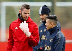 Manchester United's David de Gea and Alexis Sanchez during training.