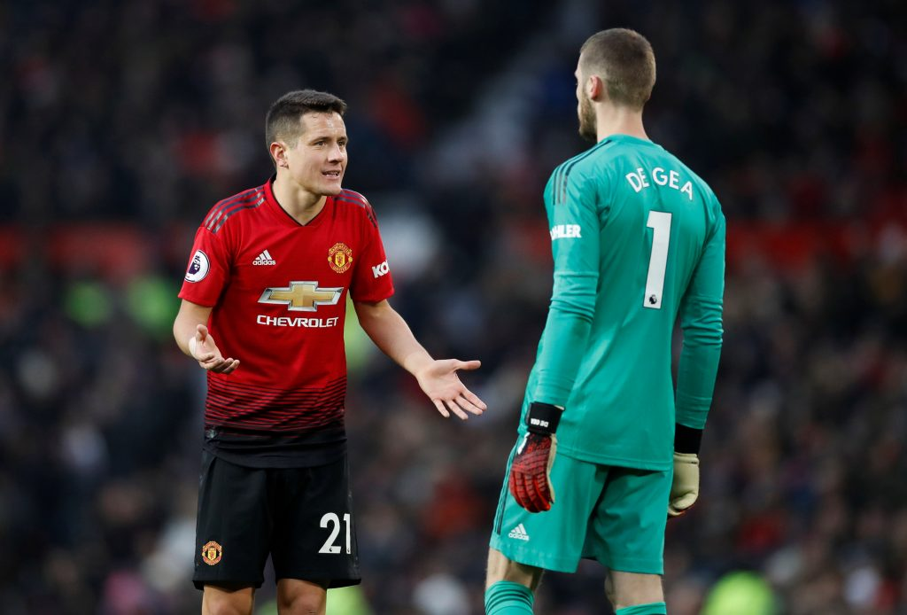 Ander Herrera speaks with David de Gea during the match.
