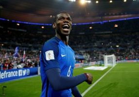 Football Soccer - France v Sweden -2018 World Cup Qualifying European Zone - Group A - Stade de France, Saint-Denis near Paris, France - 11/11/16. France's midfielder Paul Pogba celebrates at the end of the match. REUTERS/Benoit Tessier - RTX2TAM6